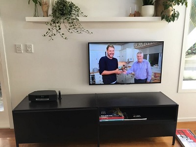 fabulous tv wall mount installation in auckland with hidden cabling!